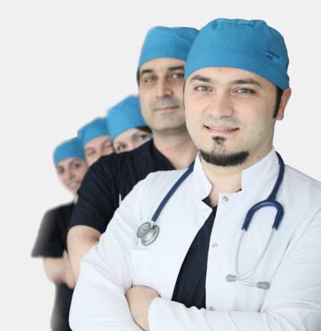Dr. Balwi mit seinem Team in der Türkei