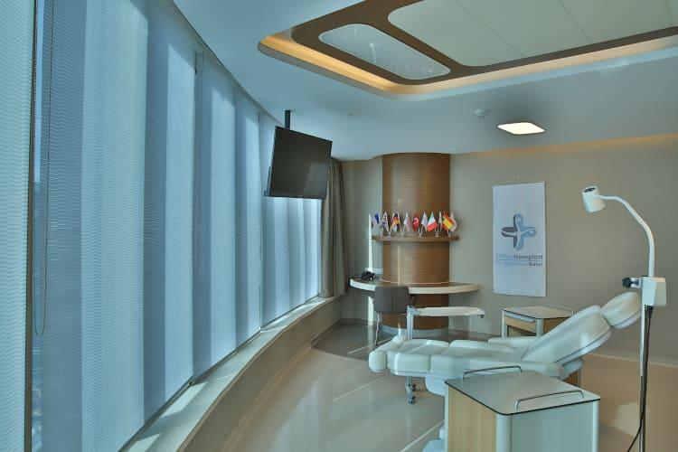 Der Behandlungsraum für die Haartransplantation in der Türkei zu Corona