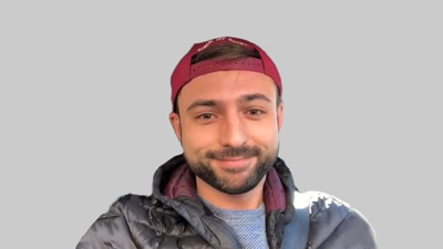 Christoph W. über seine Haartransplantation Erfahrung in der Türkei in einem Video