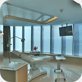 Elithairtransplant's operation room
