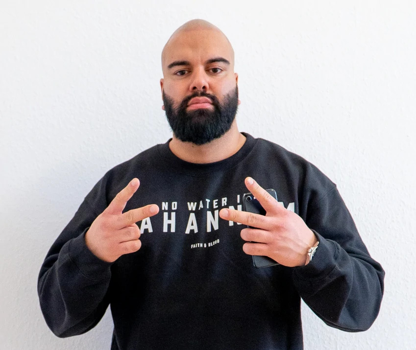 Rapper Animus ist bei Elithairtransplant