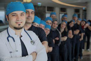 Dr Balwi et son équipe à votre service