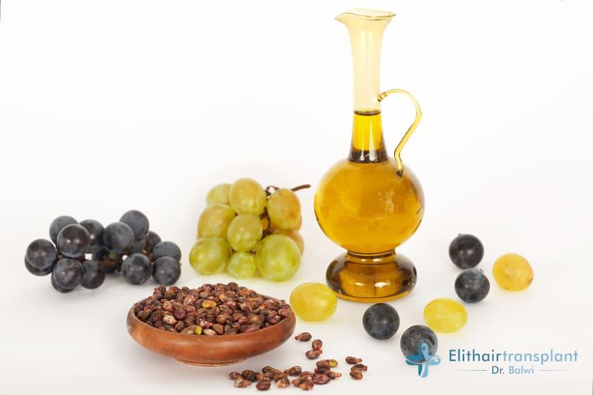 L'huile de pépins de raisin est utilisée sur les cheveux depuis le moyen-âge