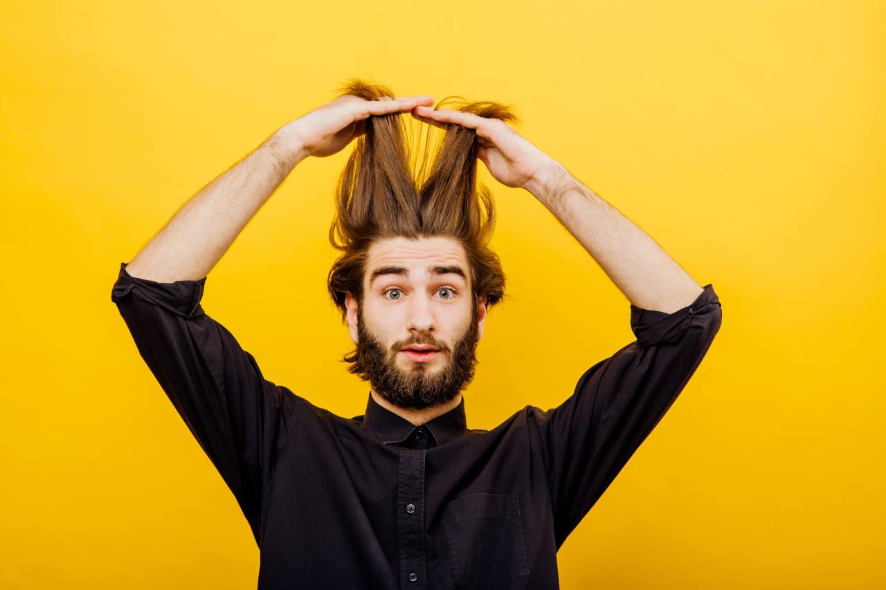 Comment savoir si on perd ses cheveux le test du peigne