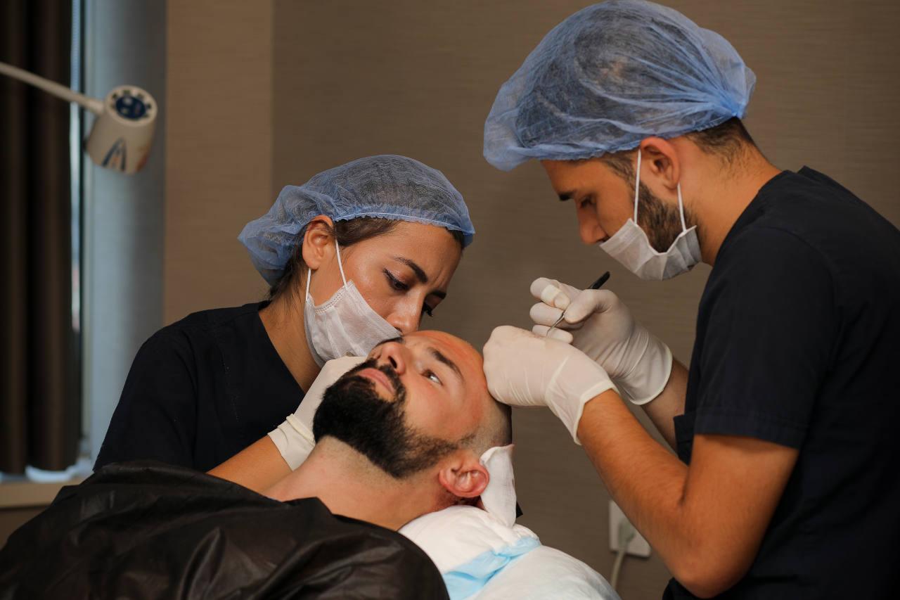 pour savoir quelle est la bonne zone donneuse pour votre greffe de cheveux, contactez Elithair