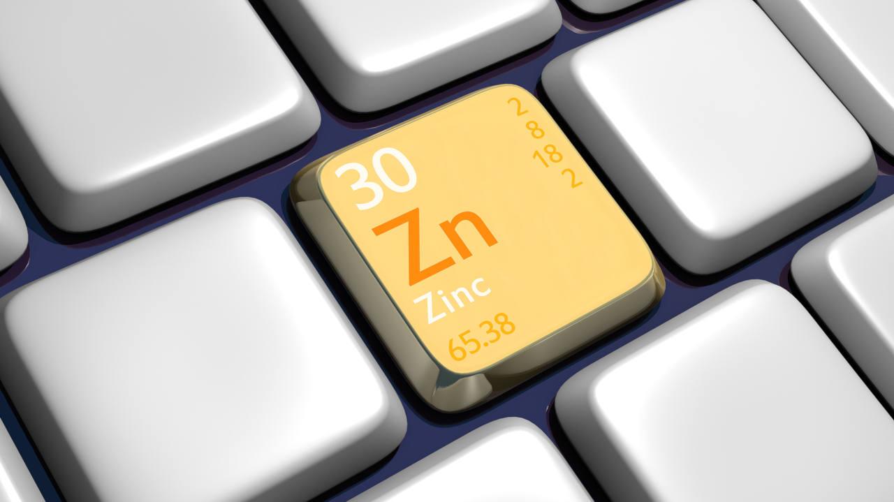 le zinc participe à la synthèse de la kératine, dont vos cheveux sont composés