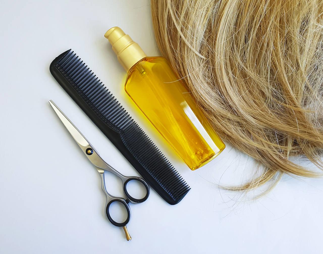 découvrez comment utiliser l'huile de jojoba pour vos cheveux