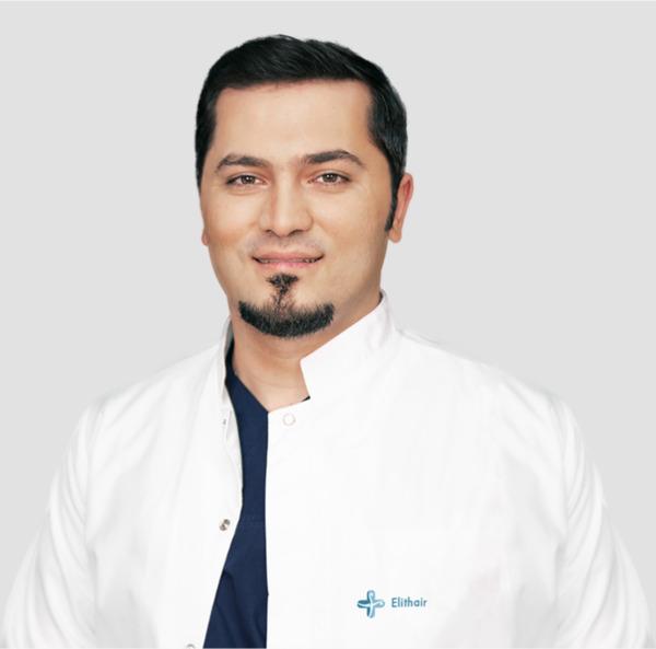 Portrait du Dr Balwi, spécialiste de la chirurgie capillaire chez Elithair