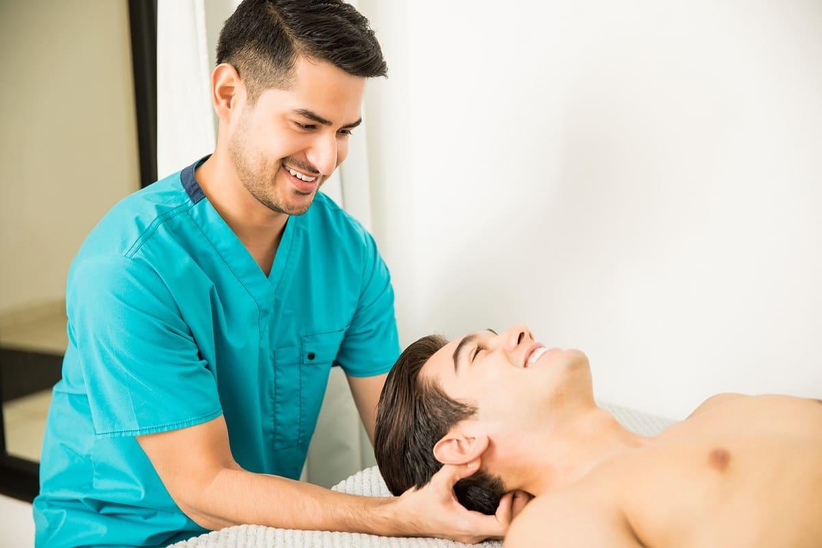 Kopfmassage gegen Haarausfall