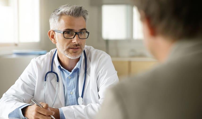Marcumar Patient mit Arzt