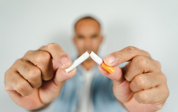 Keine Zigaretten vor der Haartransplantation zu beachten