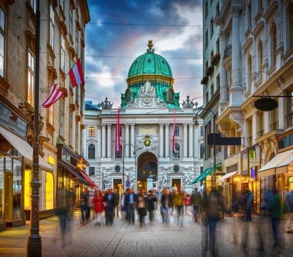 Wiener Innenstadt am Graben in der Nähe der Beratungsstelle zur Haartransplantation in Wien