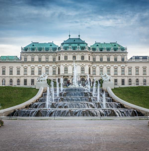 Wiener Belvedere nicht weit von der Beratungsstelle für Haartransplantation in Wien