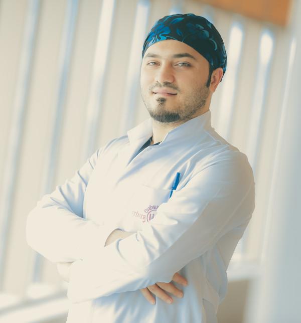 Unsere Spezialisten für Haartransplantation in München unter der Leitung von Dr. Balwi