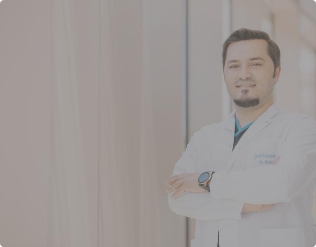 Dr. Balwi als Spezialist fuer Haartransplantationen