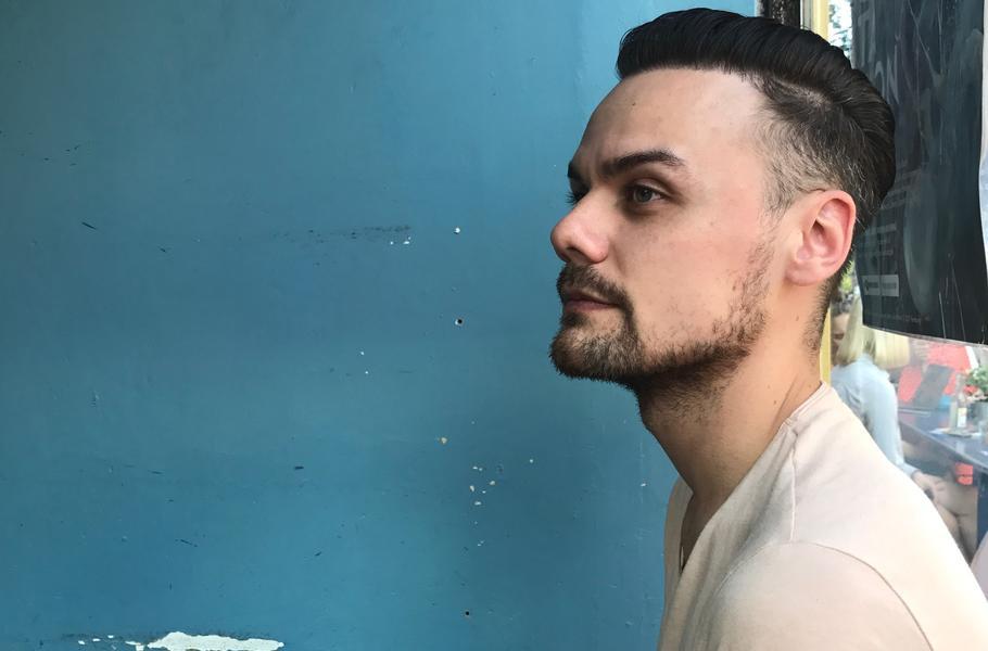 James Roman berichtet über seine Haartransplantation