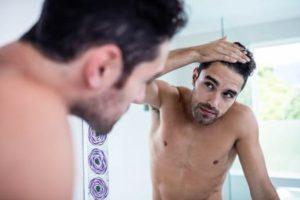 Das falsche Haarstyling Haare ruinieren