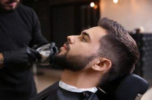 kräftiges und gesund glänzendes Haar - Haarschnitt