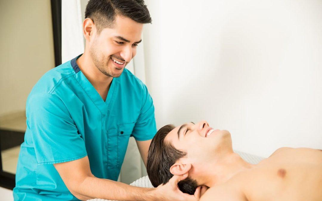 Kann eine Kopfmassage gegen Haarausfall helfen?