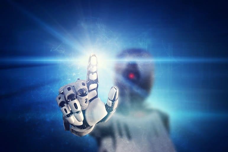 Hand eines Roboters klickt auf ein virtuelles Licht