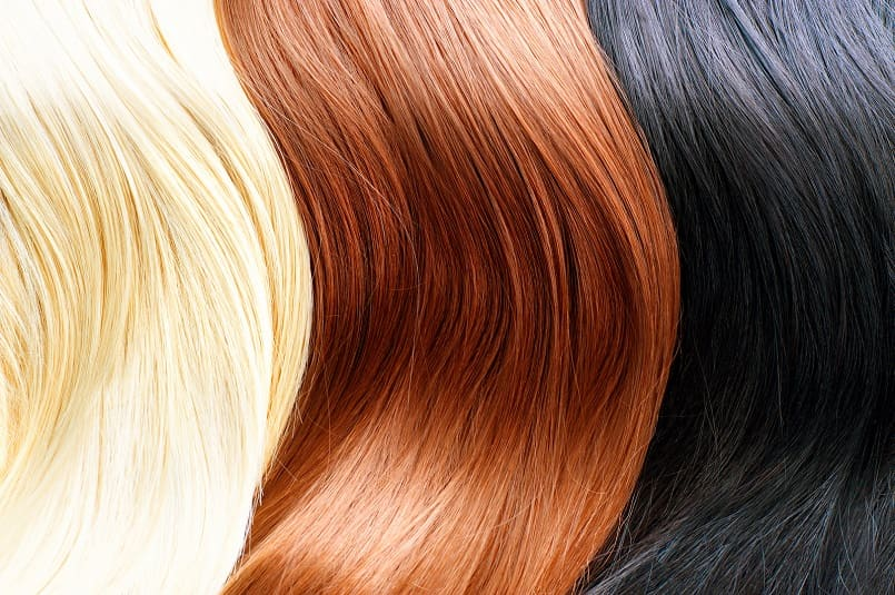 blonde, rote und schwarze Haare nebeneinander abgebildet