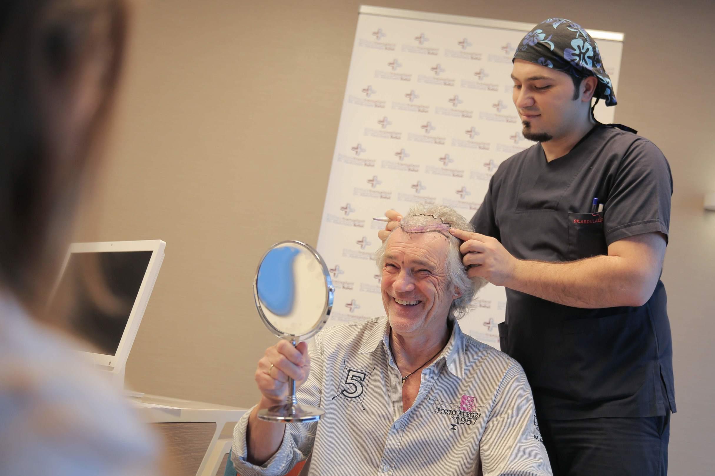 Dr Balwi colloquio per trapianto capelli a Istanbul in Turchia
