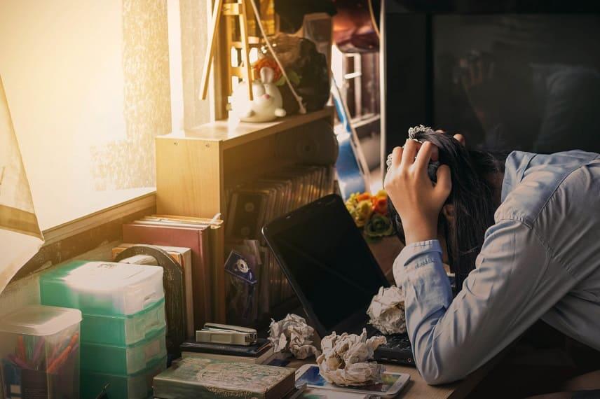Tricotillomania: cosa è e come curarla