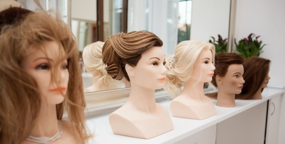 esempi di parrucca con capelli veri