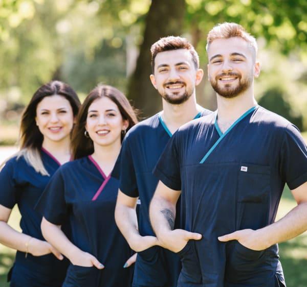 A equipa de especialistas em transplante capilar da Elithair