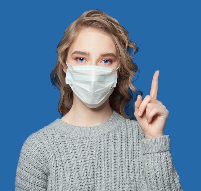 um paciente Elithair usando uma máscara cirúrgica