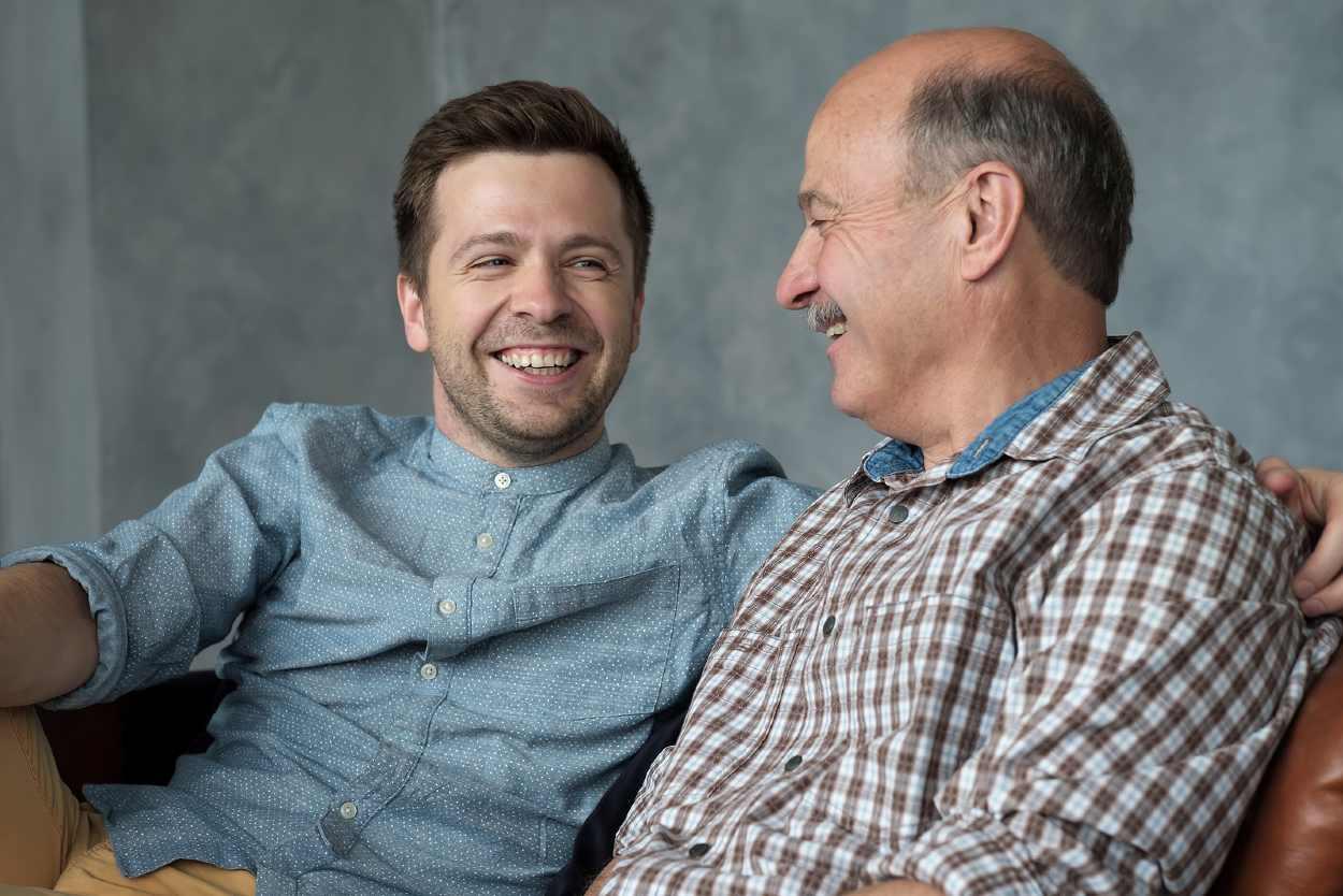 Padre e hijo con alopecia androgénica