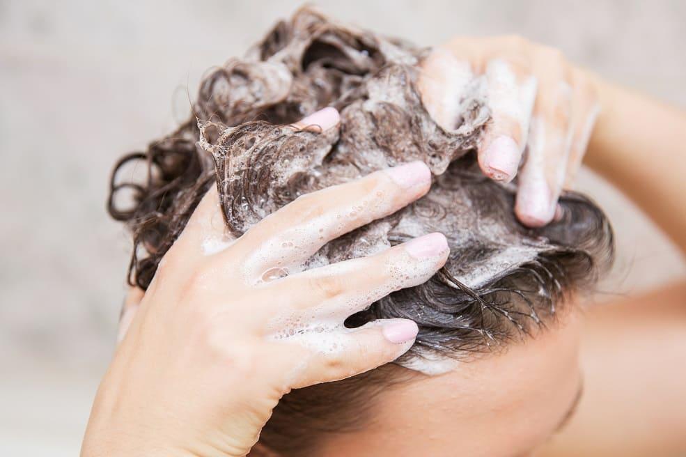 Recomendaciones tras el injerto capilar: lavado