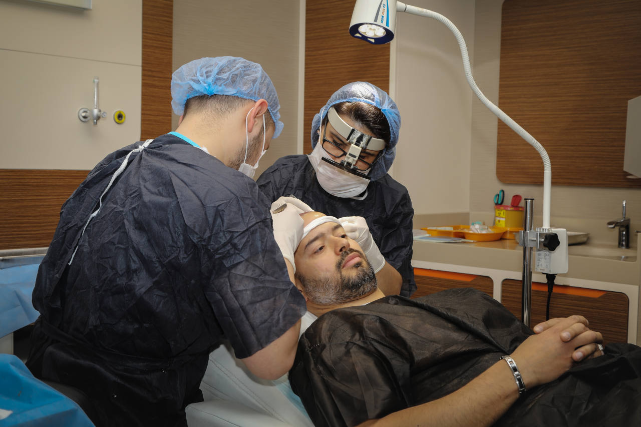 discover how hair restoration works at elithair